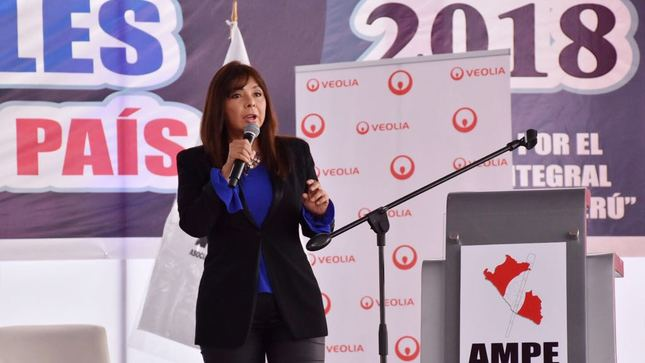 """Ministra La Rosa: """"El Perú no va a tolerar más corrupción"""""""