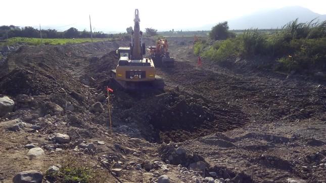Standard trabajos de descolmatacion con excavadoras