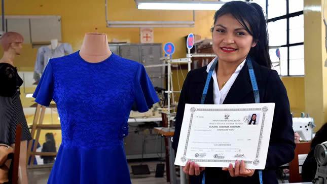 Más de 500 personas se titularon en Centros de Educación Técnico Productiva