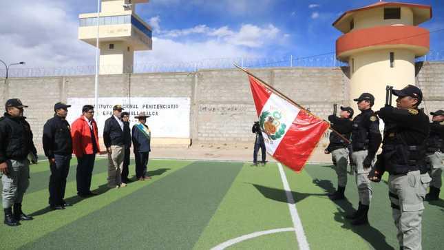Ministro Zeballos constató situación del penal de alta seguridad de Challapalca