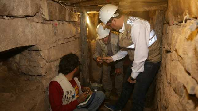 Descubren galerías subterráneas con entierros humanos en Monumento Arqueológico Chavín de Huántar