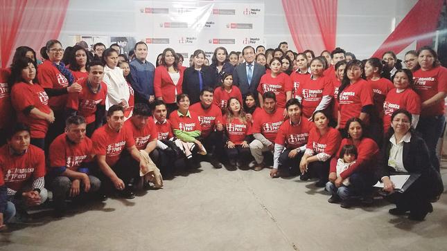 Ministerio de Trabajo capacitó y certificó las competencias laborales de 160 personas en Ica