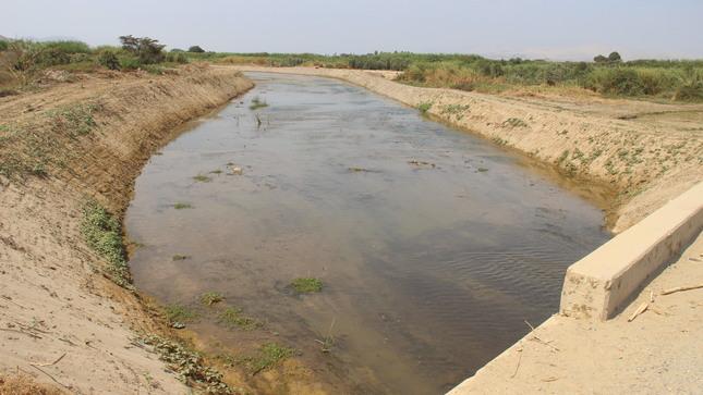 MINAGRI concluyó trabajos de descolmatación y encauzamiento del río Chorobal