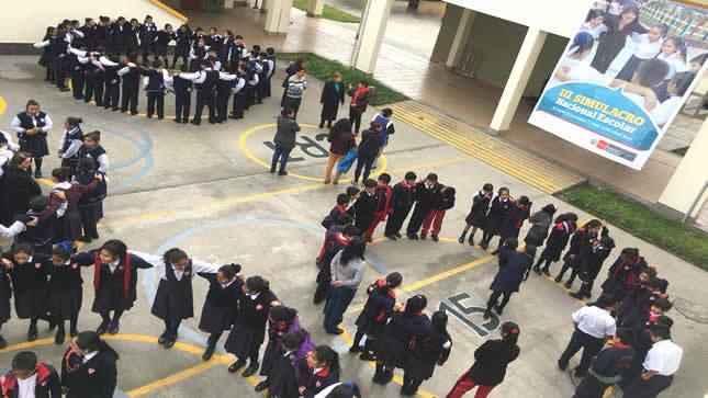 Sismo de 8.5 grados afectó a 96 mil escolares   y 356 colegios de Lima Metropolitana