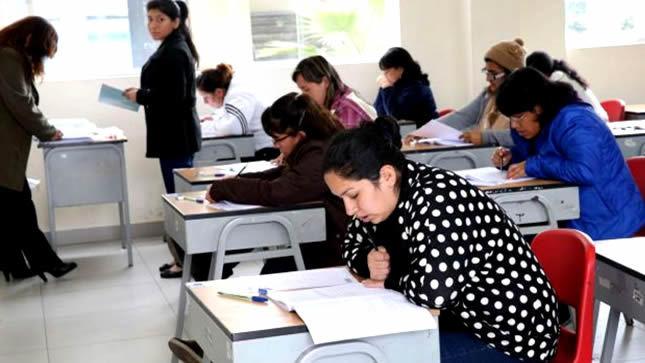Más de 200 mil maestros participarán hoy domingo en concurso de nombramiento, anuncia ministro Alfaro