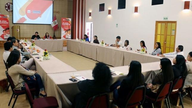 Programa Jóvenes Productivos se reúne con empresas para generar más empleos en La Libertad