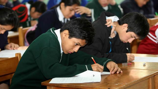Más de un millón de estudiantes serán evaluados  desde mañana por el Minedu