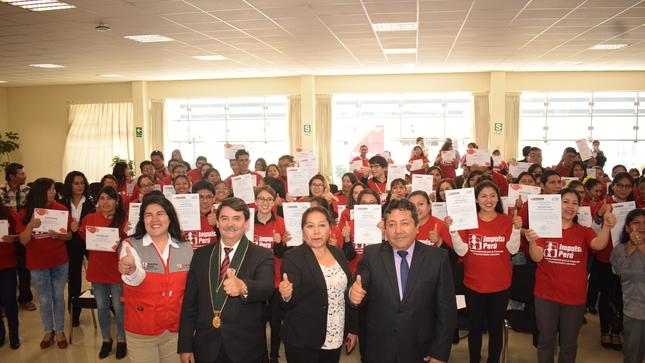 Impulsa Perú benefició a más de cien arequipeños con capacitación y certificación de competencias laborales