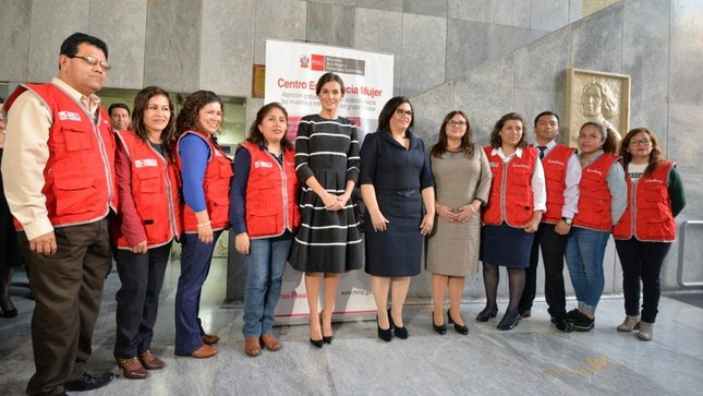 Su Majestad Reina de España visitó Centro Emergencia Mujer del MIMP