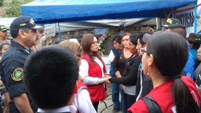 Ministra Mendieta se reunió con familiares de niña víctima de feminicidio en Barranca