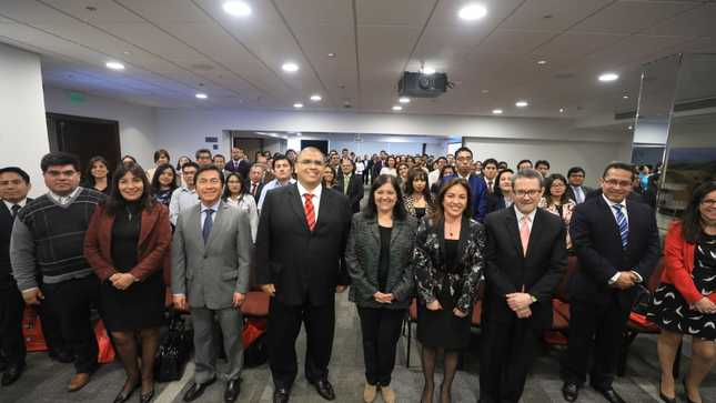 Viceministro de Justicia destaca rol de asesores y gerentes legales del sector público en el fortalecimiento de las instituciones